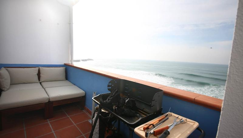 oceanfront sea-view terrace