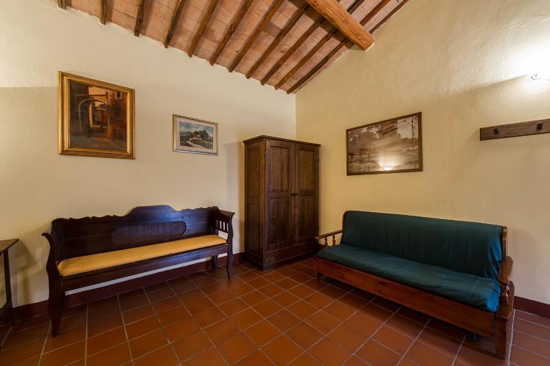 AnticoBorgoPoggiarello Otto, location de vacances à Monteriggioni