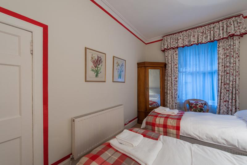 The Twin Bedroom with Ensuite