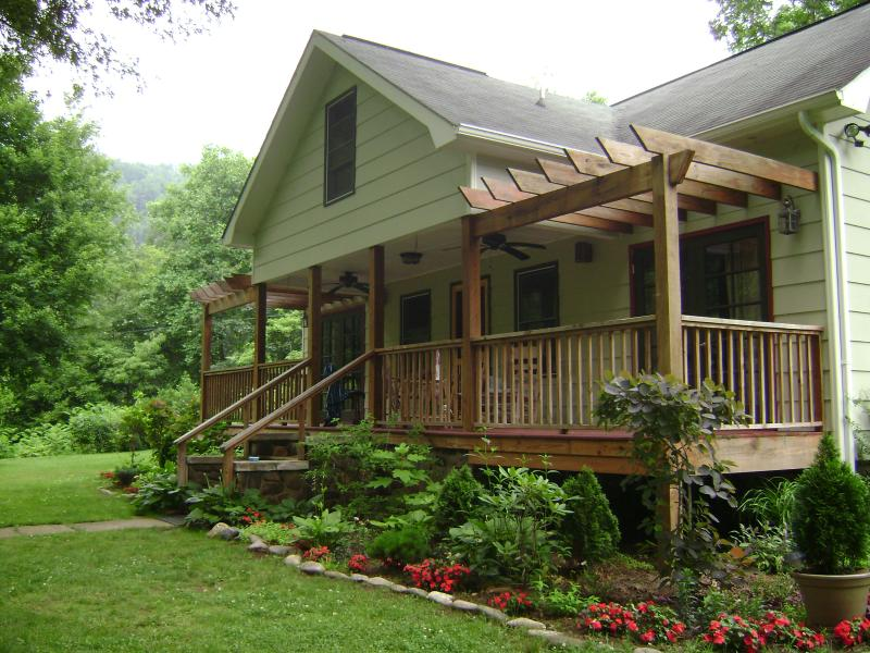 Sit and the porch and listen to the river and enjoy a refreshing beverage.