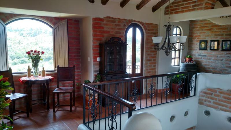Gallery with tea/wine tasting area.