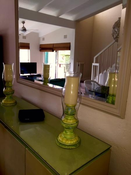 Lounge and dining room area