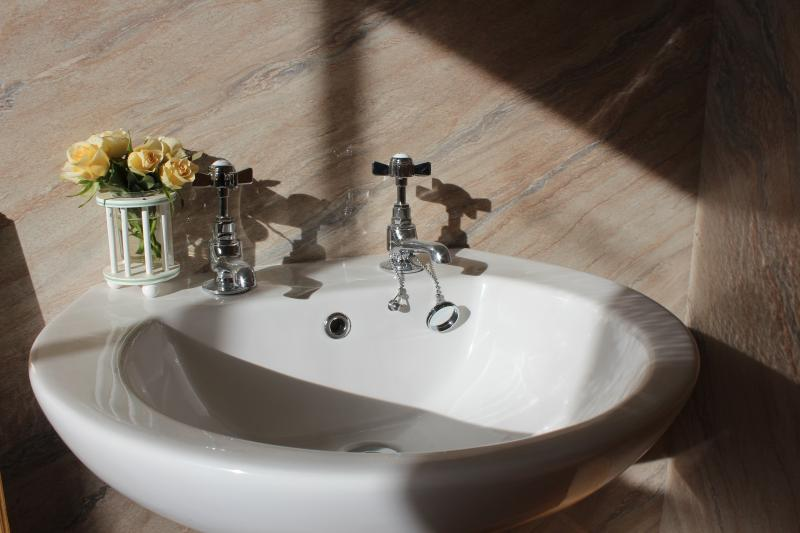 Wash-hand basin.