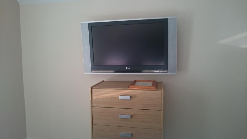 TV In all rooms.