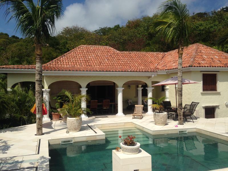 Villa Santai , in a tropical garden ..., holiday rental in Orient Bay
