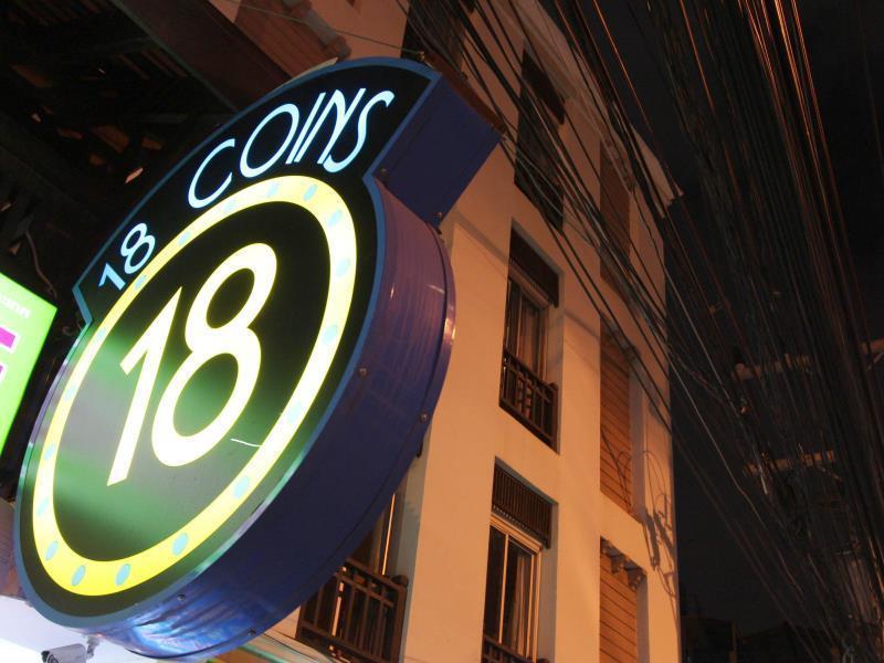 18 Coins Pattaya Hostel, holiday rental in Pattaya