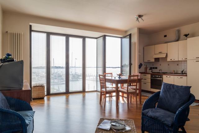 Fantastic Windows overlooking the lagoon, casa vacanza a Venezia