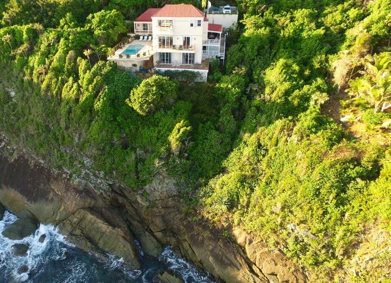 Villa Sorriso's oceanfront waves and trade winds lull you to sleep at night.