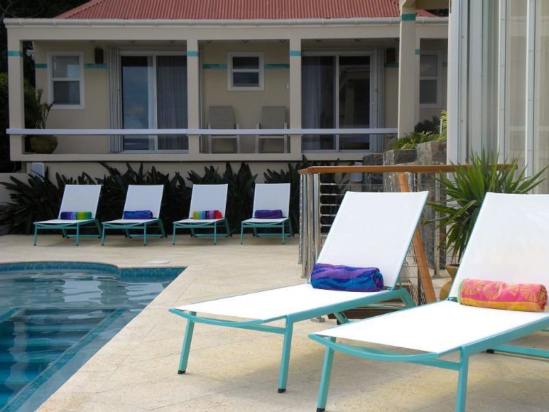 2 Queen bedrooms with en suite baths by the pool.