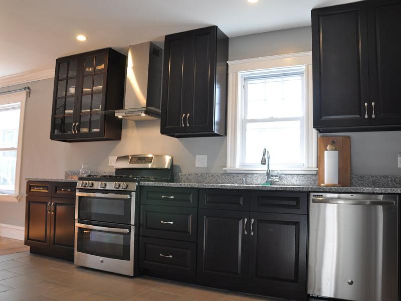 Newly Renovated Condo near Boston (No Party), vacation rental in Boston