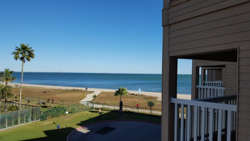 Cool Corpus Christi Beach Condo 3213 Has Balcony And Washer Download Free Architecture Designs Griteanizatbritishbridgeorg