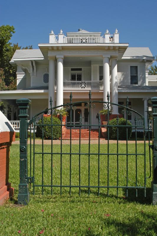 1905 Historic Treasure that graces the McCanless Templeton Historic District of Ennis, Texas