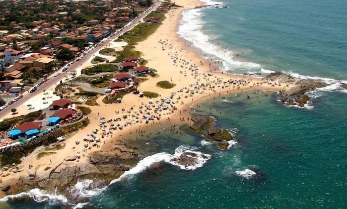 Praia de Costa Azul, exuberante