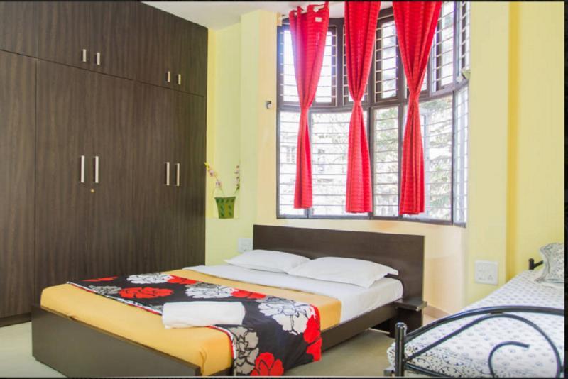 Spacious cozy room!