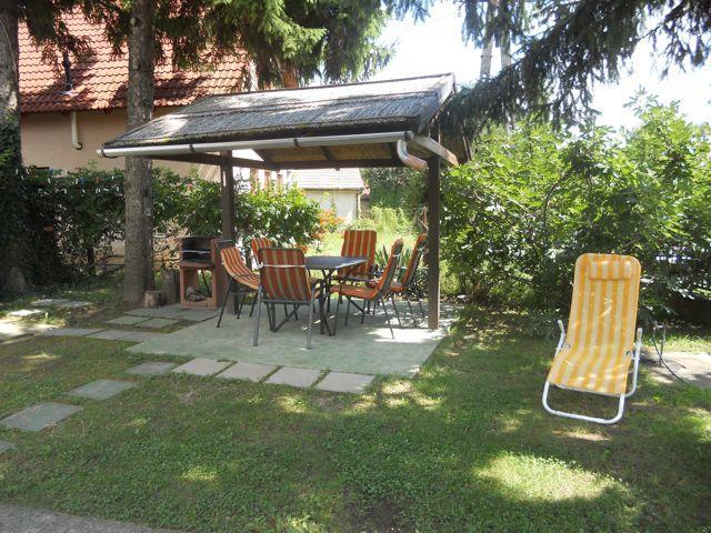 Ferien Haus Harkany, holiday rental in Kozarmisleny
