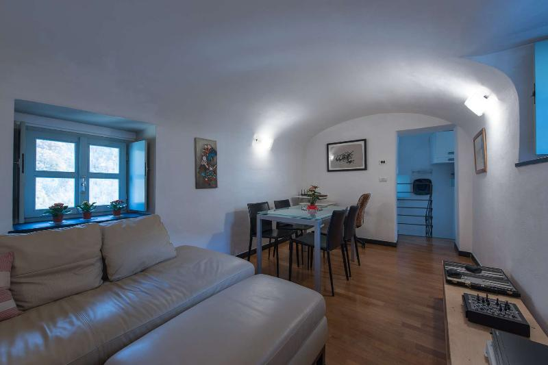 Colletta  - Appartamento Torre, vacation rental in Province of Savona