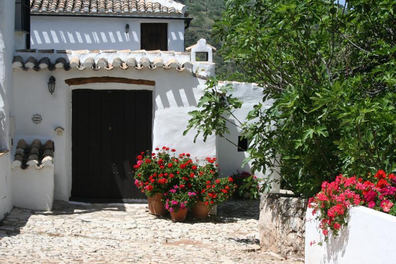 Cortijo las Rosas, Casita Liebre, holiday rental in Loja