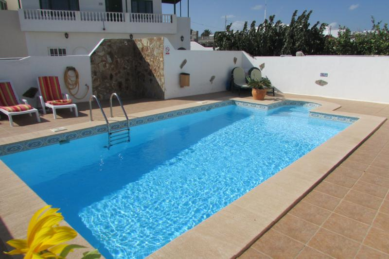 Casa Ortega 1B, holiday rental in Tias