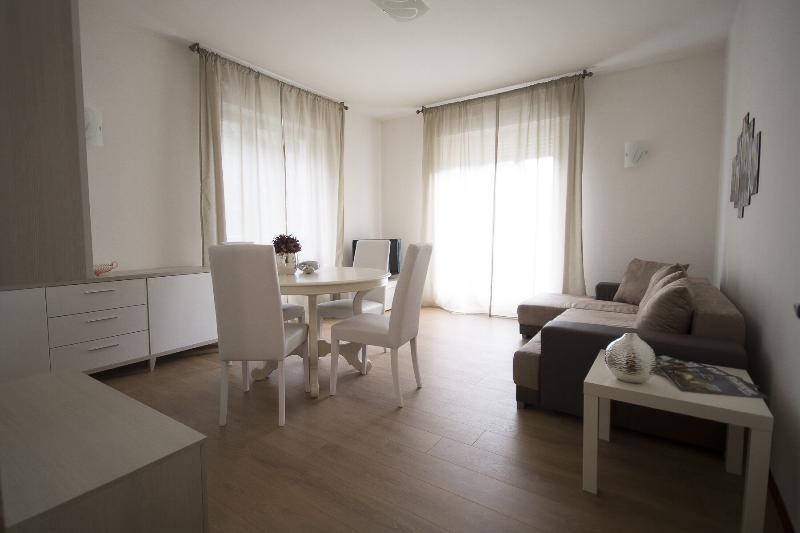 Appartamento Regina Casa Vacanze, vacation rental in Borgonuovo