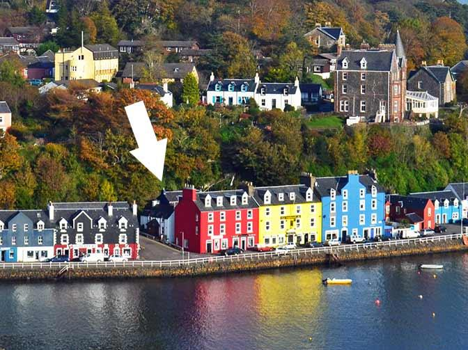 Back Brae Lodge location behind the famous Royal Buildings in Tobermory.