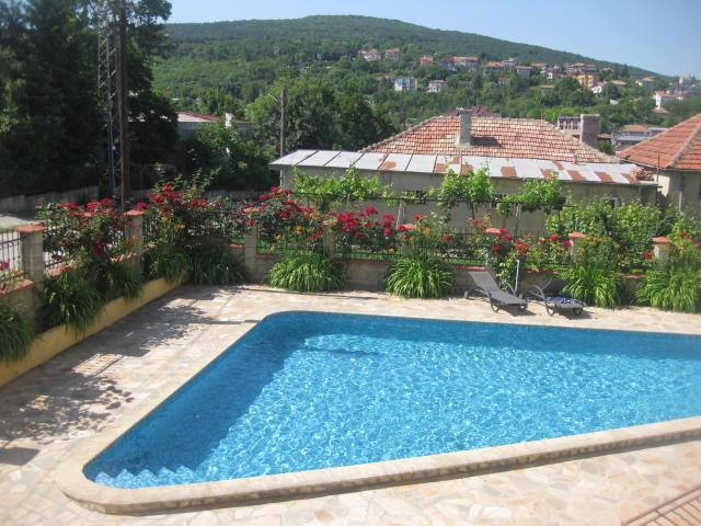Apartment for rent in Kranevo - family vacation, location de vacances à Rogachevo