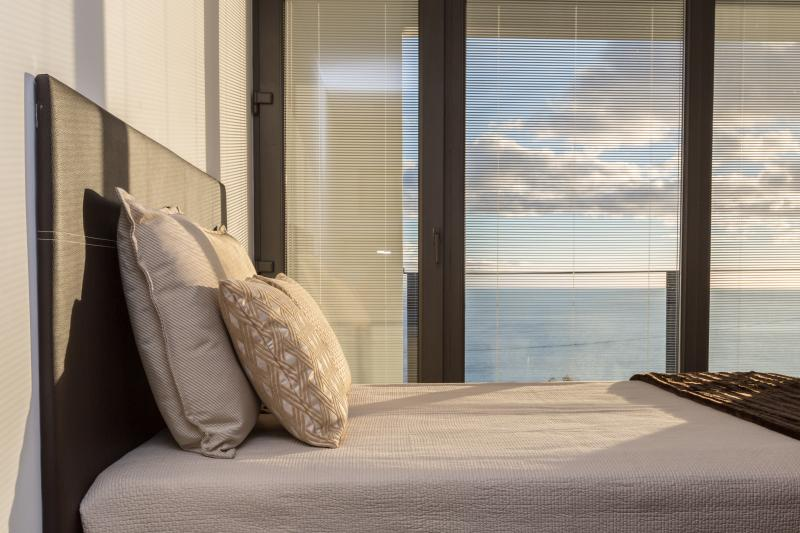 Bedroom 3 - Suite - with sea view.