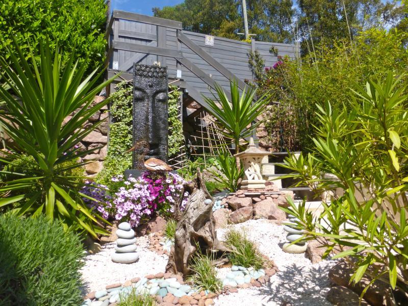 Zen enclosed landscaped garden