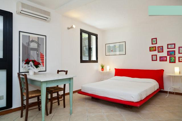 Sardegna: A Cala Ginepro S.Teodoro Intimo Studio in piccolo resort con piscina, vacation rental in San Teodoro