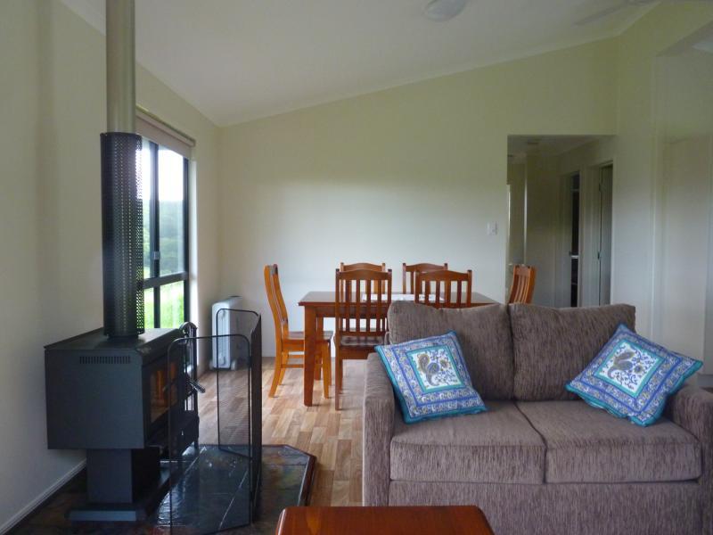 Whip Bird Cabin - TripAdvisor - Holiday Rental in Maleny
