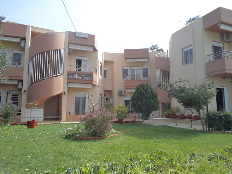 melia studios, vacation rental in Agii Apostoli
