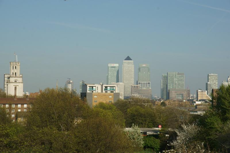 Views of Canary Wharf from the roof terrace. The other side has views towards the City of London