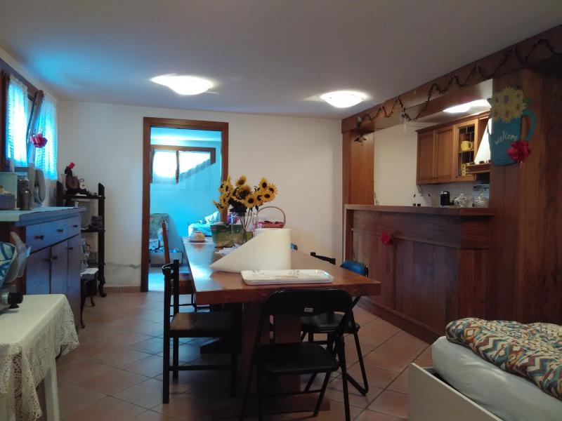 basement, dining room