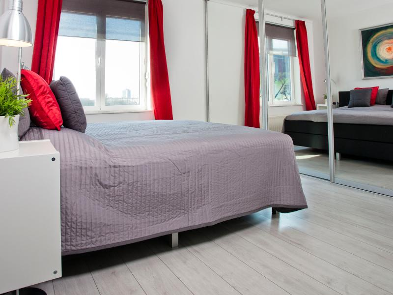 Bedroom 1 with a boxspring bed size 180x200