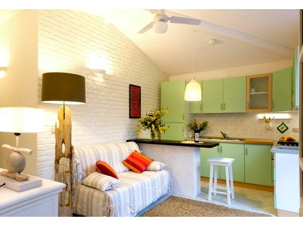 Delizioso Appartamento a 50 mt dal mare, casa vacanza a Calasetta