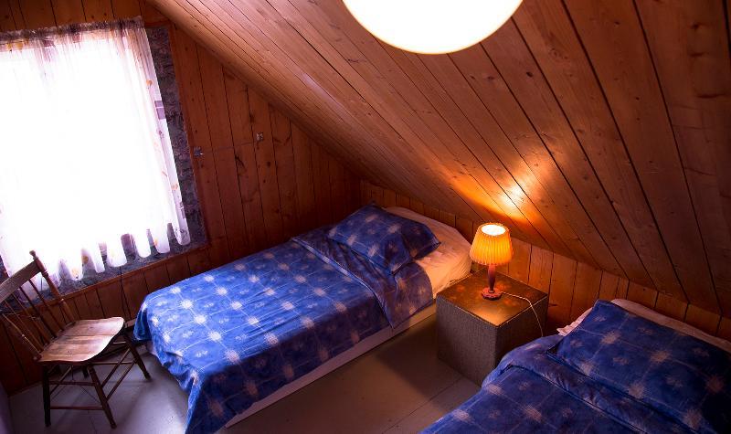 Upstairs 3 singles bedroom.