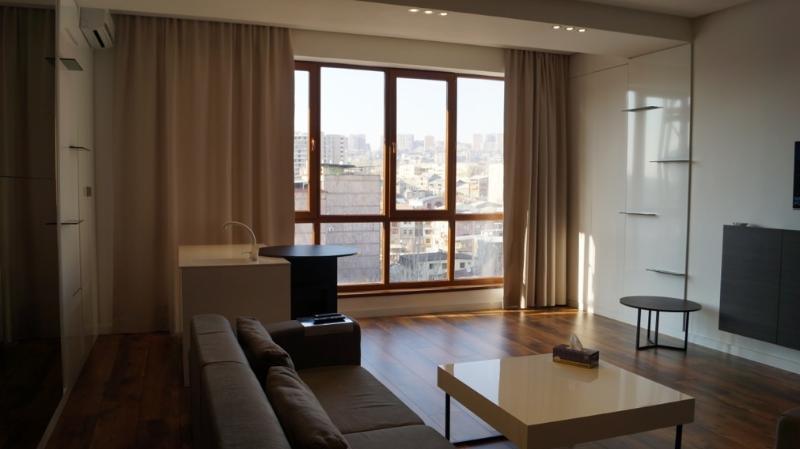 Opera Apartment  Mesrop Mashtots Avenu in sentries, holiday rental in Yerevan