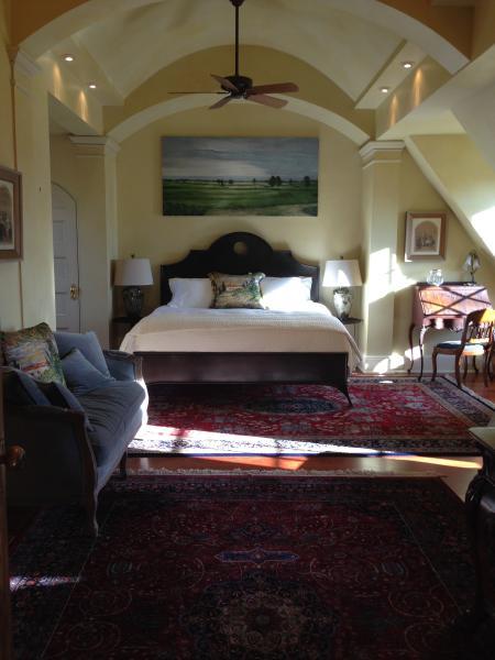 Provence king master bedroom