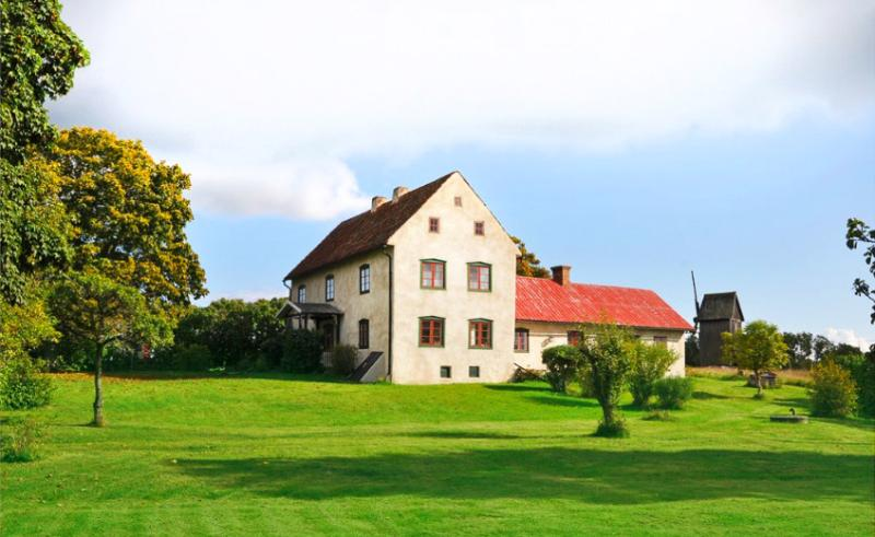 Beautiful newly renovated farmhouse from 1700's, vacation rental in Gotland