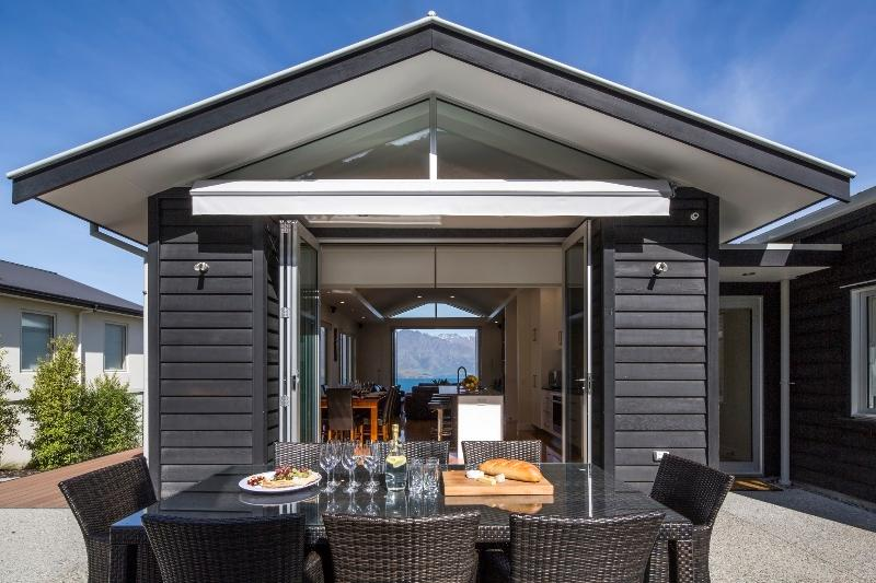 Convenient bi-fold doors in and out kitchen