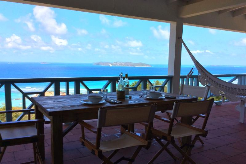 terrace view with Mayreau