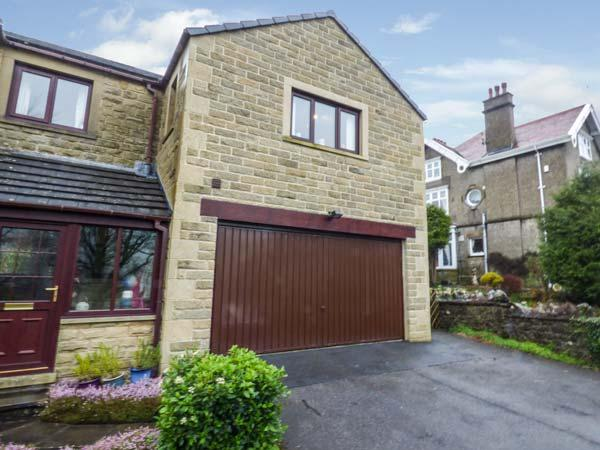 THE BEECHES one mile from Settle, close to railway station, open plan, WiFi, Ferienwohnung in Langcliffe