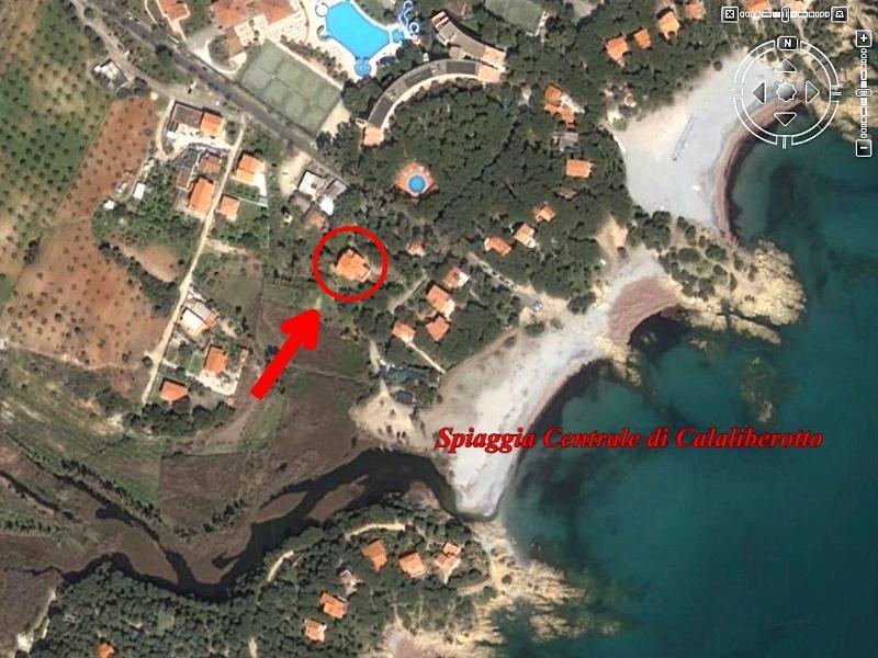 Calaliberotto 80mt dal mare ideale per famiglie, alquiler vacacional en Cala Liberotto