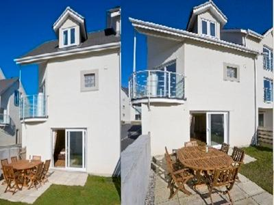 Serenity - Just a couple of minutes walk from the beach!, vakantiewoning in Bude-Stratton