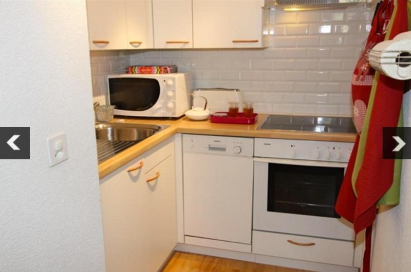 The kitchen, small but perfectly equipped.