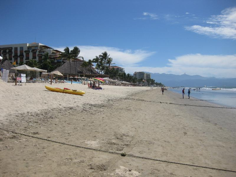 Nice gentle slope beach.  Better than Puerto Vallarta! 5 minutes walk west from the house.