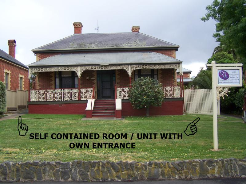 RJ's BED & BREAKFAST, holiday rental in Dunolly
