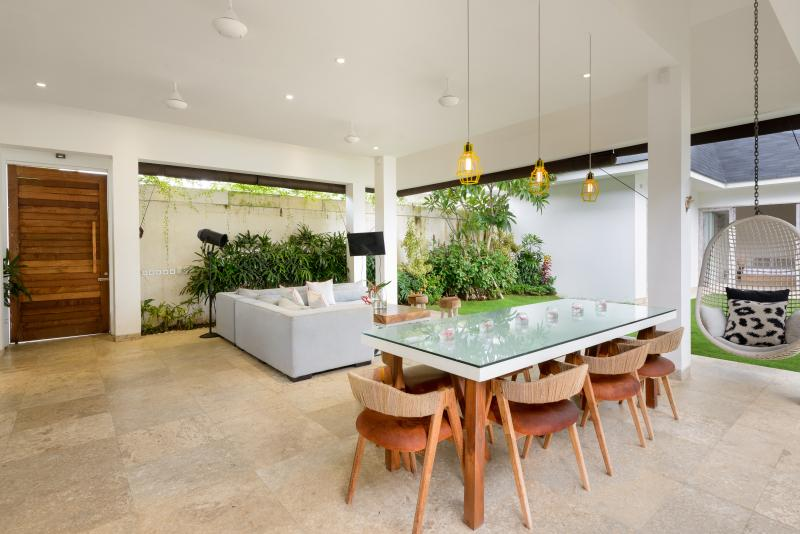 Dining and Lounge Area