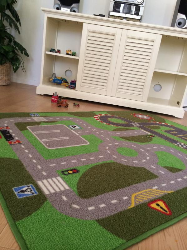 Ideal condo for kids with a few toys and puzzles.