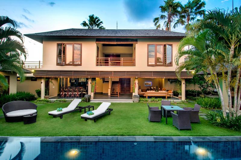 Viilla M Bali Seminyak houses five excellently designed bedrooms, overlooking the pool and garden