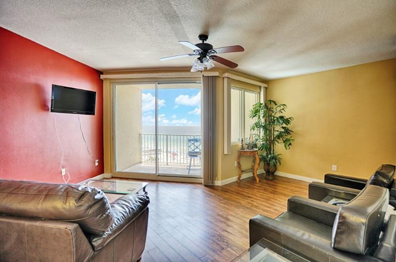Living Area Room